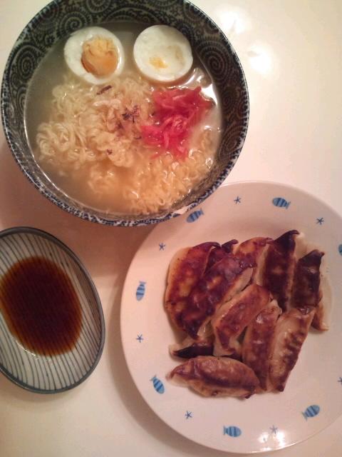 餃子の大将の餃子で〜す!