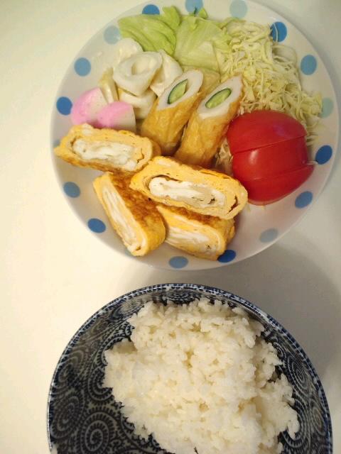 晩ご飯食べて寝るZzz...☆